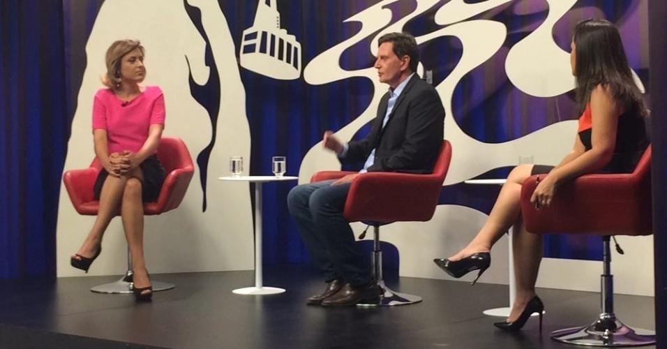 31.out.2016 - O prefeito eleito do Rio de Janeiro, Marcelo Crivella (PRB), concede entrevista a jornalistas do SBT