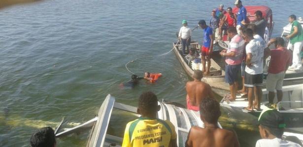 Equipes atuam no resgate das vítimas do naufragou no rio Xingu, no Pará