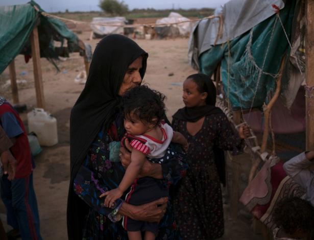 Um campo para pessoas deslocadas em Abs, Iêmen - Tyler Hicks/The New York Times
