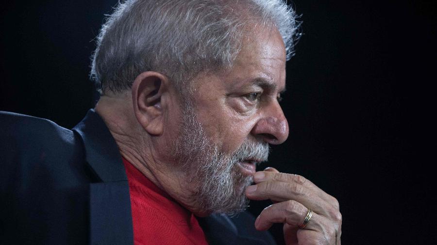 Resultado de imagem para Supremo mantém Lula preso e adia julgamento de suspeição de Moro