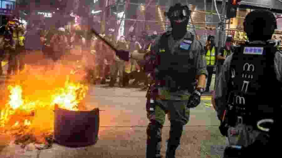Os protestos são intensos em Hong Kong há semanas - Getty Images
