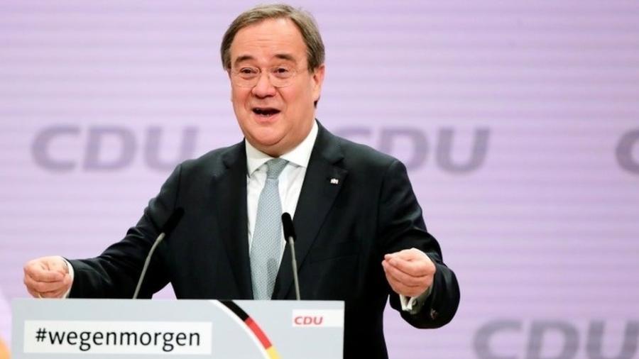 Centrista Armin Laschet aparece agora em boa posição para suceder Angela Merkel como chanceler da Alemanha - Reuters