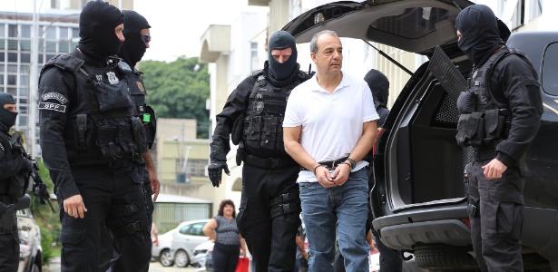 19.jan.2018 - Cabral chega ao Instituto Médico Legal de Curitiba (PR)