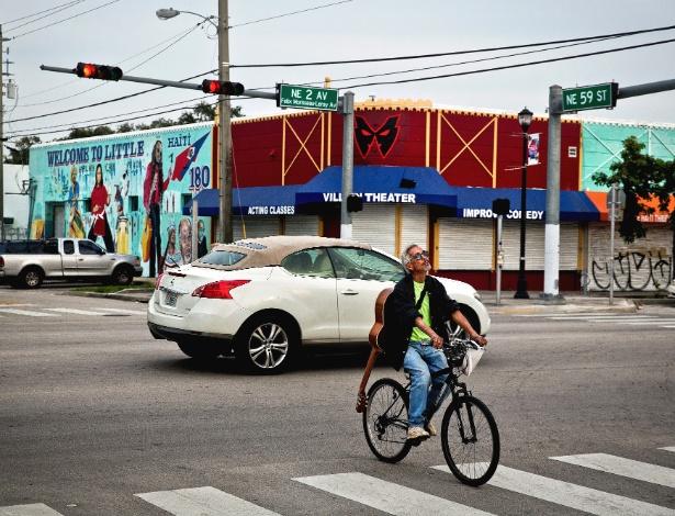 O bairro Little Haiti, em Miami, concentra um grande número de imigrantes haitianos