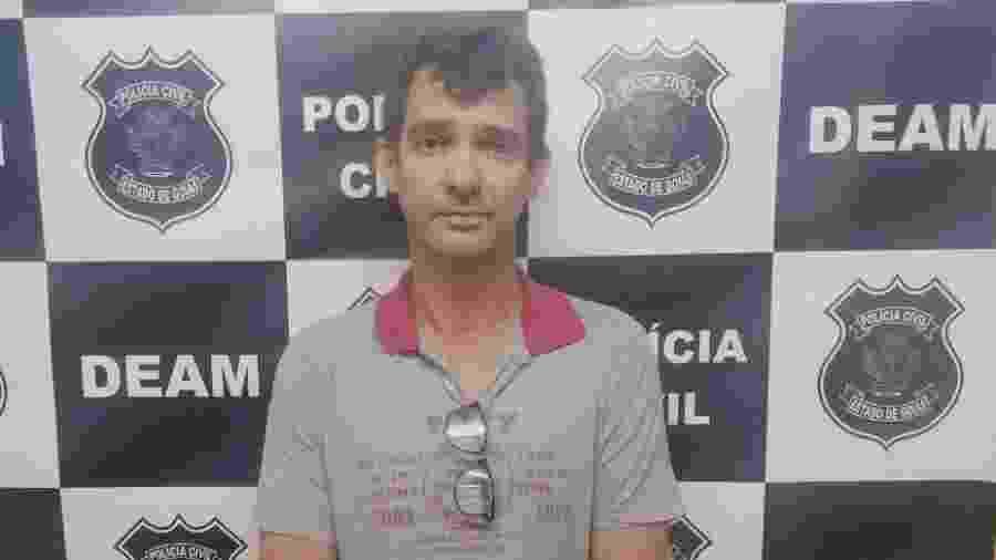 2.fev.2019 - Sandro Teixeira Oliveira foi preso em sua residência, em Anápolis (GO) - Divulgação/Polícia Civil