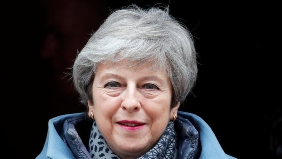 Proposta de May já foi rejeitada duas vezes no Parlamento - Reuters