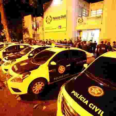 Ligação entre PMs e milícia é investigada em pelo menos 5 batalhões do Rio - Jose Lucena/Futura Press/Estadão Conteúdo