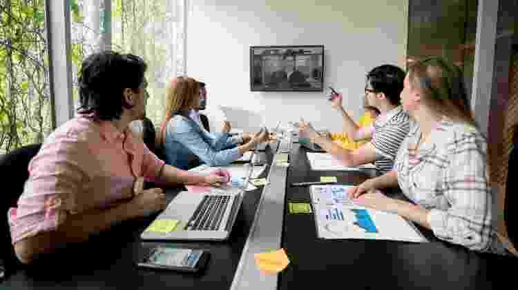 Vídeo-chamada, trabalho, reunião - iStock - iStock