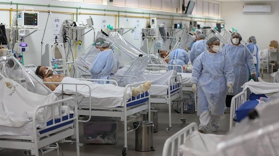 20/05/2020 - Ala voltada para pacientes com coronavírus em Unidade de Terapia Intensiva (UTI) no hospital Gilberto Novaes, em Manaus (AM) - Michael Dantas/AFP