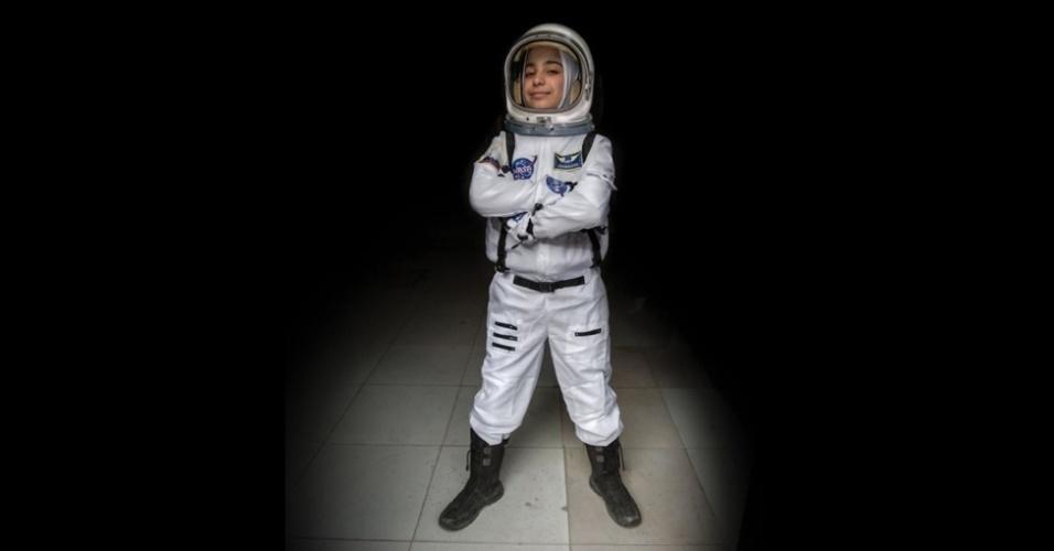 9.fev.2016 - Haja, 12 anos, sonha em astronauta.