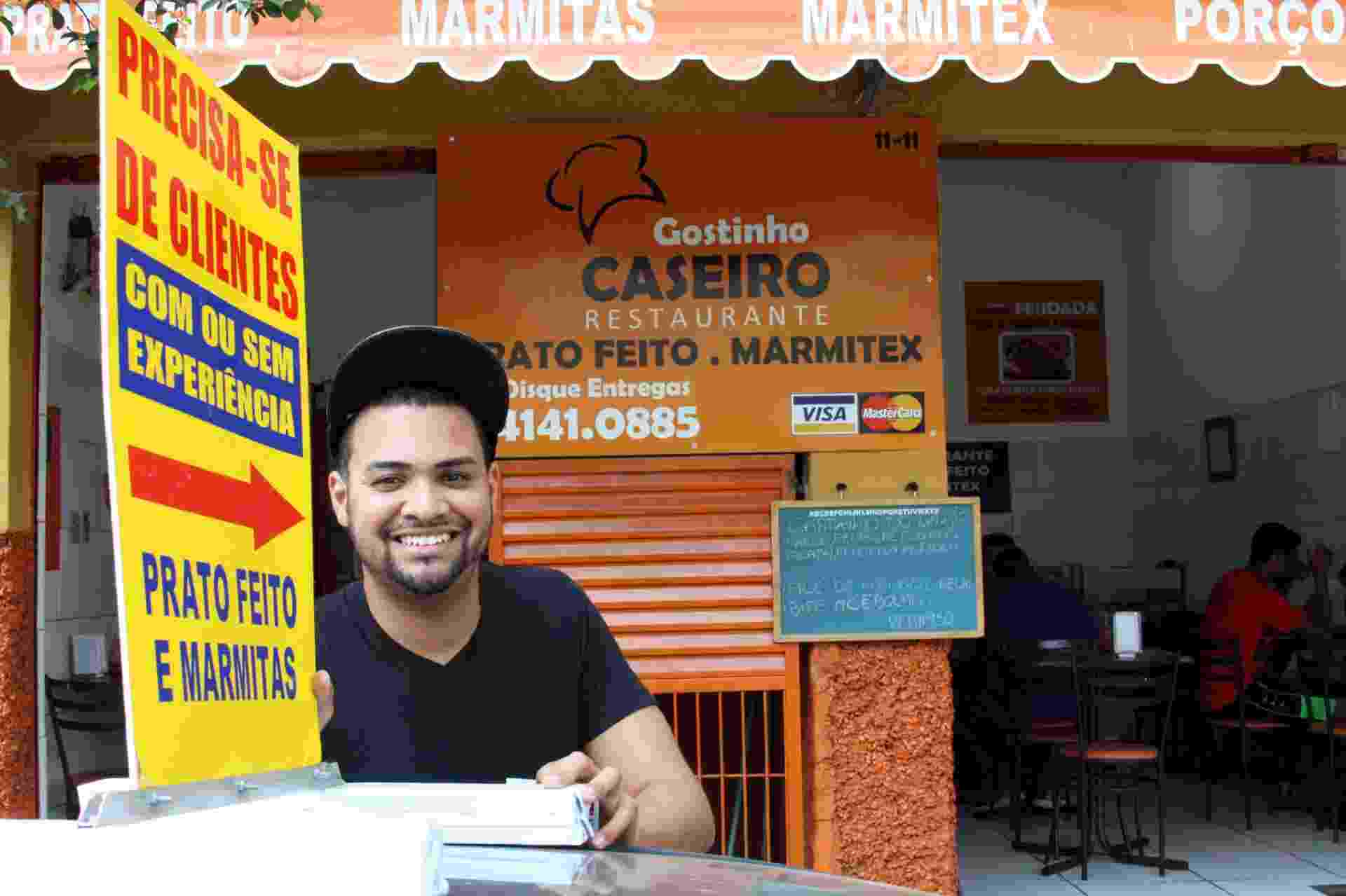 Maurício Souza Espíndola, 23, é dono do restaurante Gostinho Caseiro, de Bauru - Neide Carlos/UOL