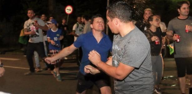Militantes contra e a favor de Lula se envolveram em confrontos em Curitiba