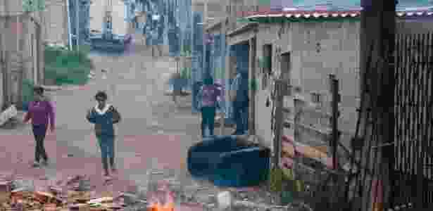 Terreno no bairro de Lajeado, em Guaianases, abriga 185 famílias - Peter Leone/Futura Press/Estadão Conteúdo