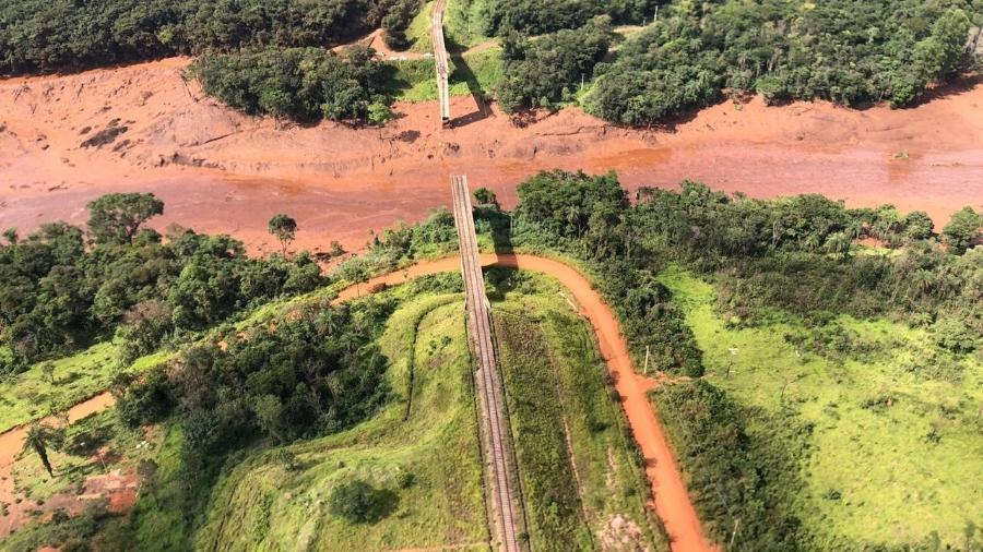 26.jan.2019 - Imagens aéreas mostram a devastação da região de Brumadinho (MG) após a queda da barragem 1 da Mina do Feijão, da mineradora Vale - Corpo de Bombeiros de Minas Gerais
