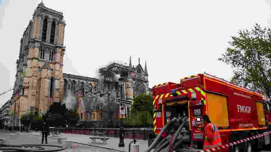 Incêndio na catedral de Notre-Dame, em Paris - Photo by Zakaria ABDELKAFI / AFP