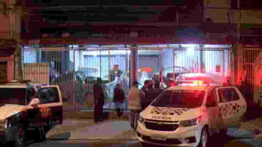 Chacina ocorreu em uma oficina e deixou quatro mortos na zona leste de São Paulo  - Reprodução/TV Globo