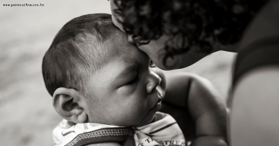 30.jun.2016 - Cinco mulheres responsáveis pela UMA (União de Mães de Anjos), um grupo de apoio às famílias de bebês e crianças com microcefalia fizeram parte do ensaio