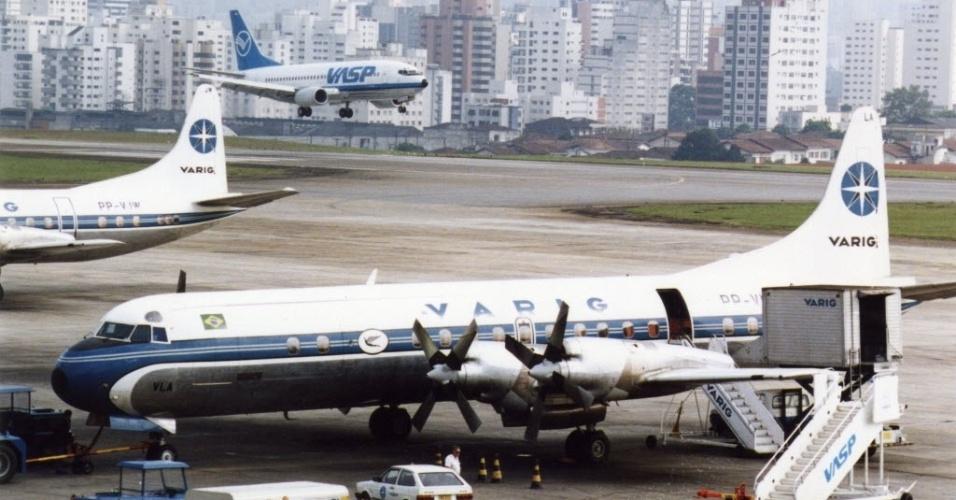 Aviões Lockheed Electra II da Varig