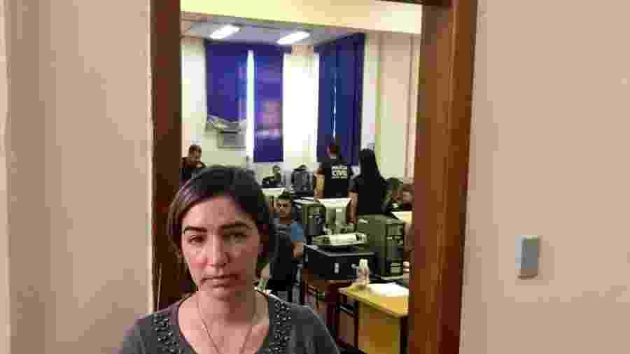 A pedagoga e jornalista Aline Aparecida Xavier procura, desde sexta-feira, seis pessoas, entre familiares e amigos - BBC Brasil