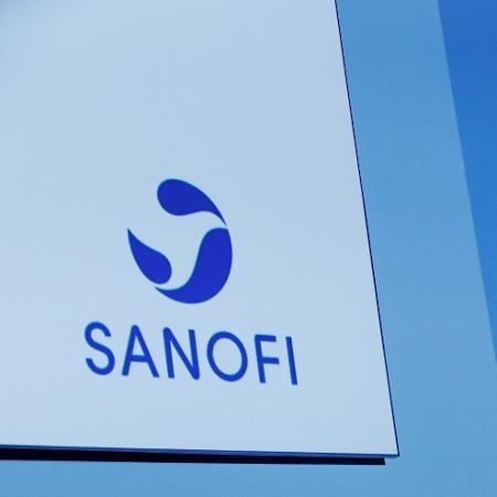 Sanofi trabalha em dois imunizantes para reforçar a luta contra a pandemia - Benoit Tessier/Reuters