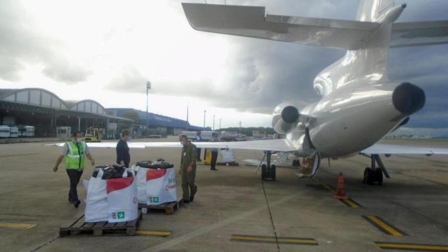Ventiladores pulmonares e máscaras enviadas pelo Brasil à Itália - Reprodução/Twitter