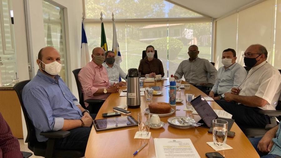 Na última terça-feira (9), Cinthia recebeu líderes religiosos em seu gabinete - Edu Fortes/Prefeitura de Palmas