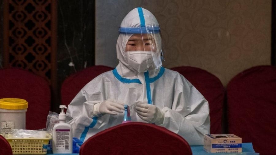 Os primeiros casos de coronavírus foram relatados na China - missão da OMS foi ao país em janeiro em busca de respostas - Getty Images