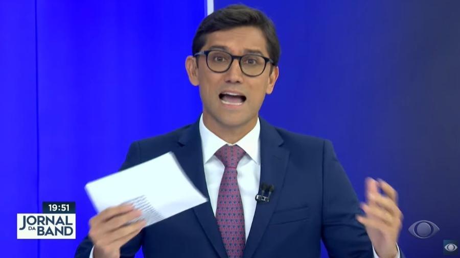 O apresentador Rodolfo Schneider, do Jornal da Band, critica o ministro da Saúde, Marcelo Queiroga - Reprodução