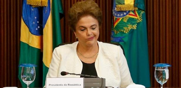 Dilma Rousseff enfrenta processo de impeachment e problemas na economia brasileira