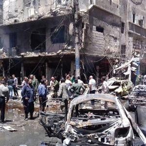 Atentado com autoria reivindicada pelo grupo jihadista Estado Islâmico (EI) na Síria