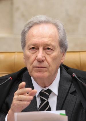 Ministro Ricardo Lewandowski que irá presidir as sessões do impeachment no Senado