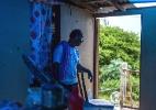 Um ano depois do furacão Maria, muitas casas em Porto Rico continuam em ruínas - Dennis M. Rivera Pichardo/The New York Times