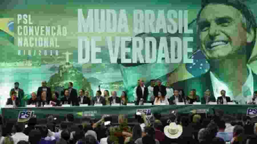 Convenção do PSL que oficializou candidatura de Jair Bolsonaro em 2018; crise do presidente com seu partido se intensificou nesta semana - FERNANDO FRAZÃO/AGÊNCIA BRASIL