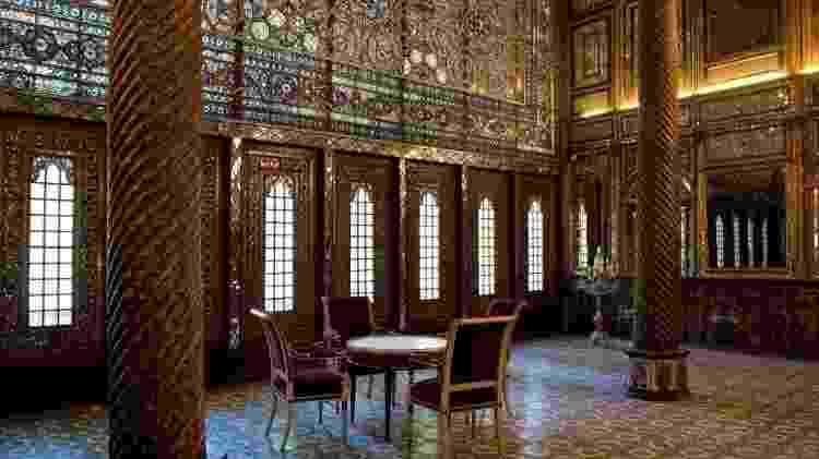 O Palácio Golestan é uma prova óbvia da influência ocidental nas artes iranianas - Getty Images