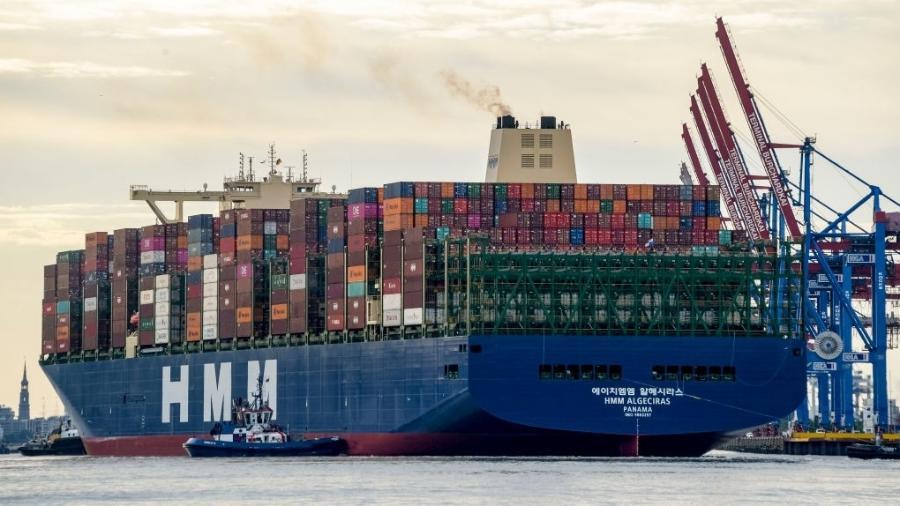 7.jun.2020 - Movimentação no Porto de Hamburgo, na Alemanha - Picture alliance via Getty Images