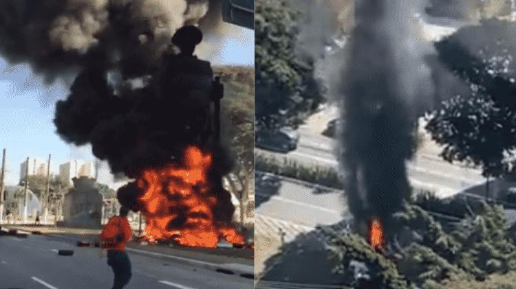 Estátua do Borba Gato em chamas, no último sábado - Reprodução/Twitter - Reprodução/Twitter