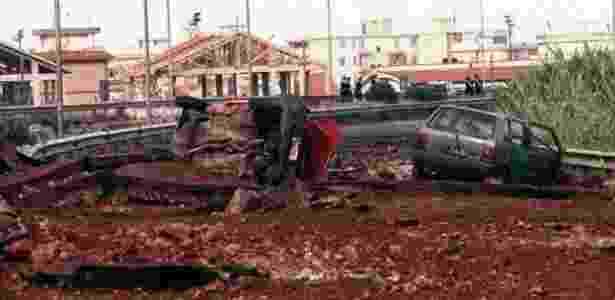 Cenário de destruição após atentado que matou o juiz Falcone - EPA/BBC - EPA/BBC