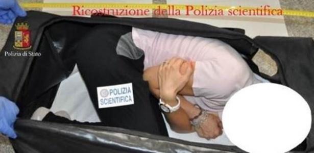 Britânica Chloe Ayling, de 20 anos, foi raptada quando fazia sessão de fotos na Itália; a foto acima é de uma reconstituição