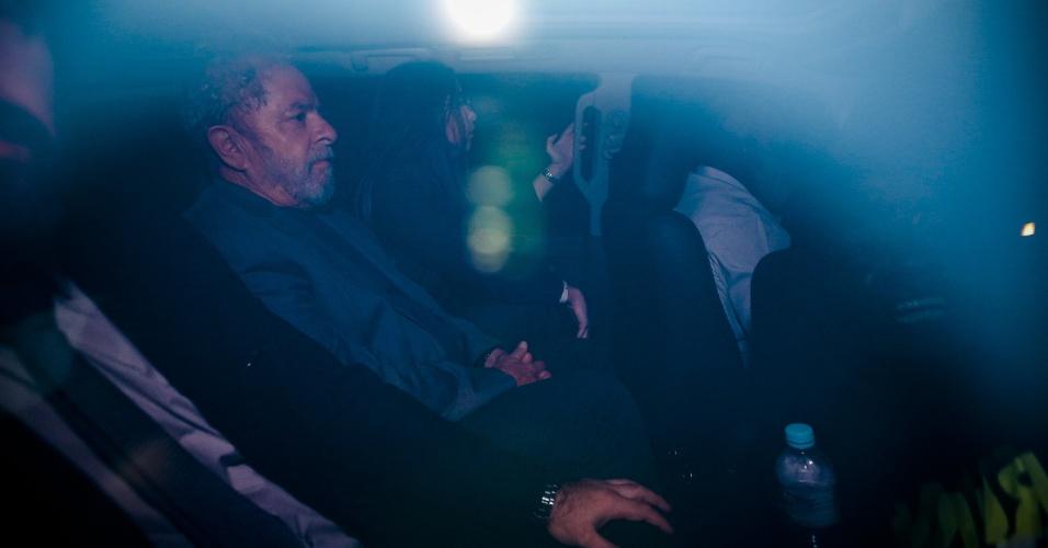 Ex-presidente Luiz Inácio Lula da Silva chega à superintendência da Polícia Federal em São Paulo