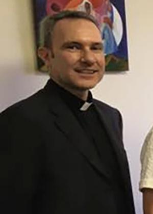 Resultado de imagem para Padre acusado de pedofilia é condenado a cinco anos de prisão