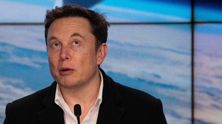 Elon Musk teria fechado um acordo com uma startup canadense para botar um outdoor de propaganda no espaço - Jim Watson/AFP
