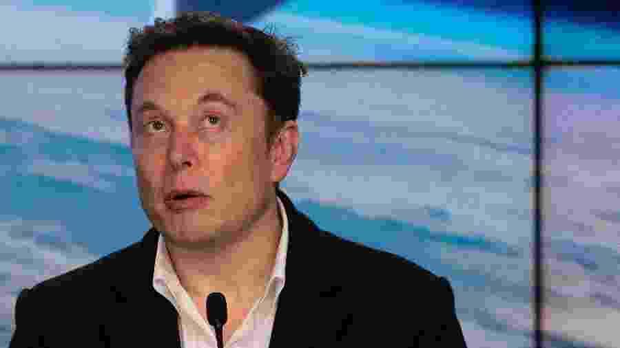 Elon Musk vislumbra base lunar depois de contrato de transporte para ISS - Jim Watson/AFP