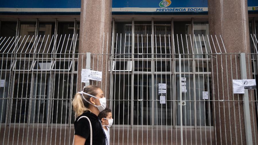 Agência do INSS no centro de São Paulo fechada devido a pandemia do novo coronavírus - Andre Porto/UOL