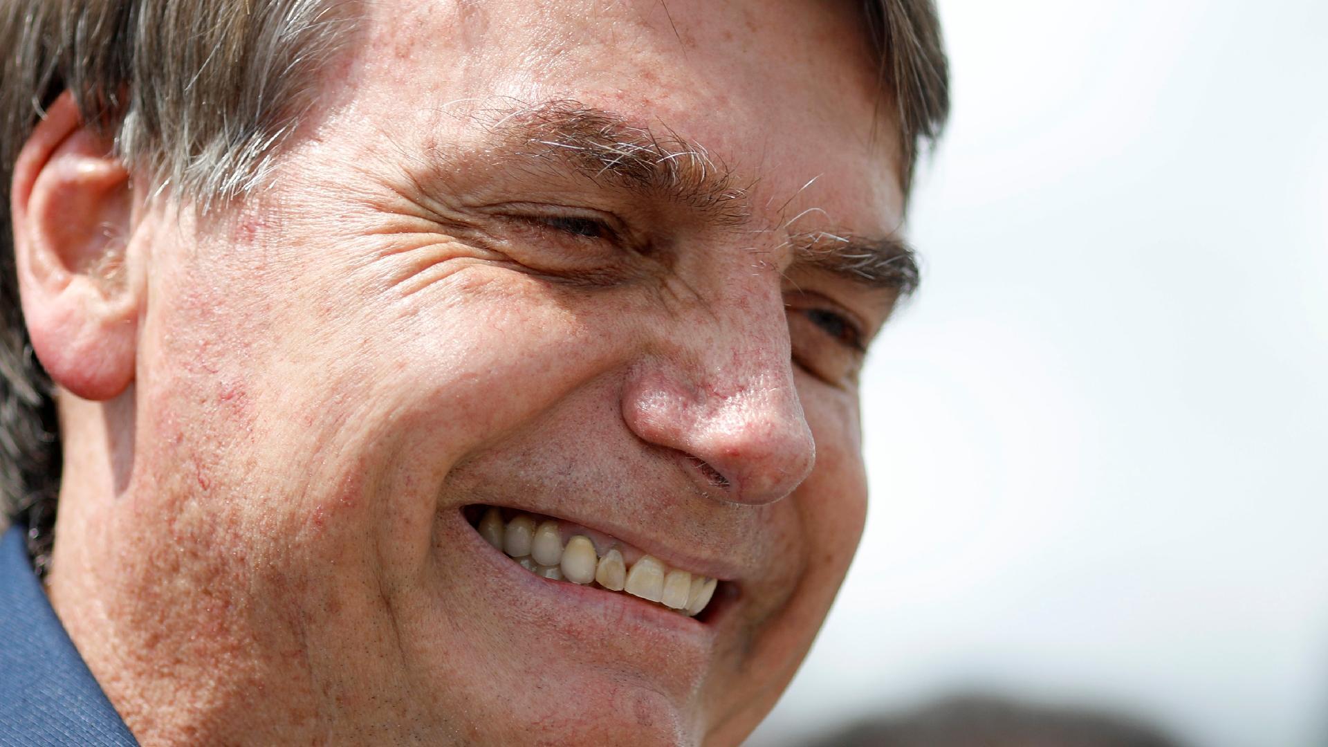 """Acabou matéria no JN"""", diz Bolsonaro sobre horário de dados do ..."""