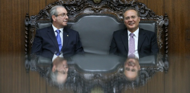 O presidente da Câmara, Eduardo Cunha (PMDB-RJ; à esq.), ao lado de Renan Calheiros (PMDB-AL)