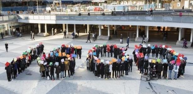 Protesto de mulheres suecas pela equiparação dos salários com os homens