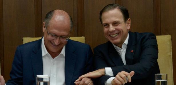 28.ago.2017 - O governador Geraldo Alckmin (e) e o prefeito João Doria, ambos do PSDB