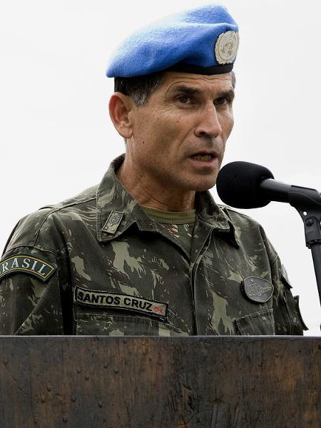 O general Carlos Alberto Santos Cruz em missão de paz no Haiti - AFP PHOTO - UNITED NATIONS PHOTOS / LOGAN ABASSI