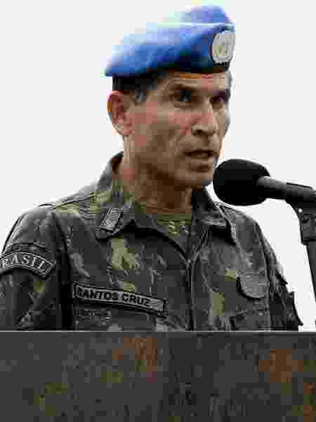 O general Carlos Alberto Santos Cruz em missão de paz no Haiti - AFP PHOTO - UNITED NATIONS PHOTOS / LOGAN ABASSI