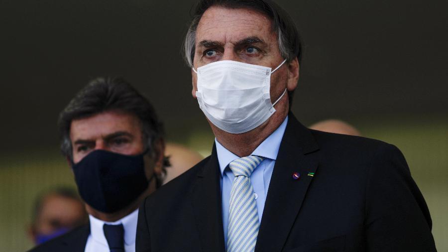 Presidente Jair Bolsonaro criticou governadores e prefeitos que têm adotado medidas mais duras no combate ao novo coronavírus - Ueslei Marcelino/Reuters
